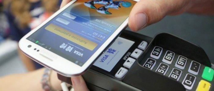 Pagamenti-contactless-con-smartphone